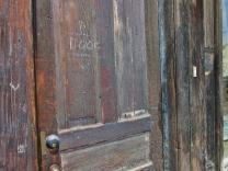 08_Door